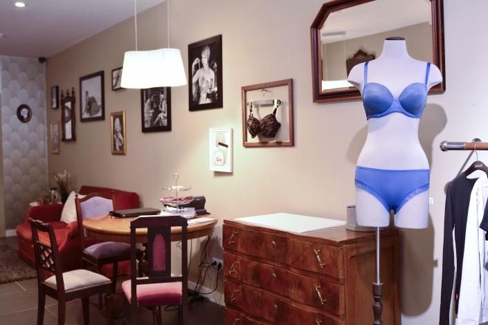 Dama de copas: Full en lencería a la medida